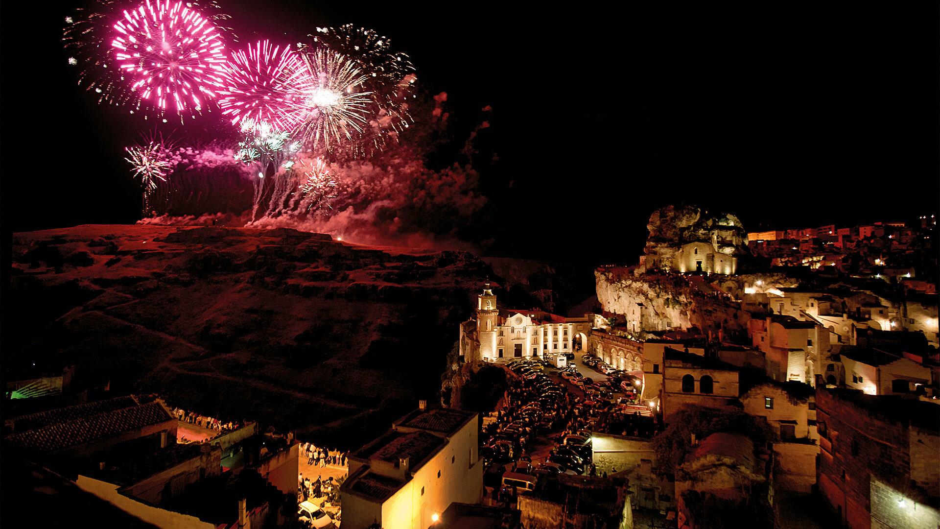 Festa della Bruna: Italian festival in Matera | Alitalia Discover ...