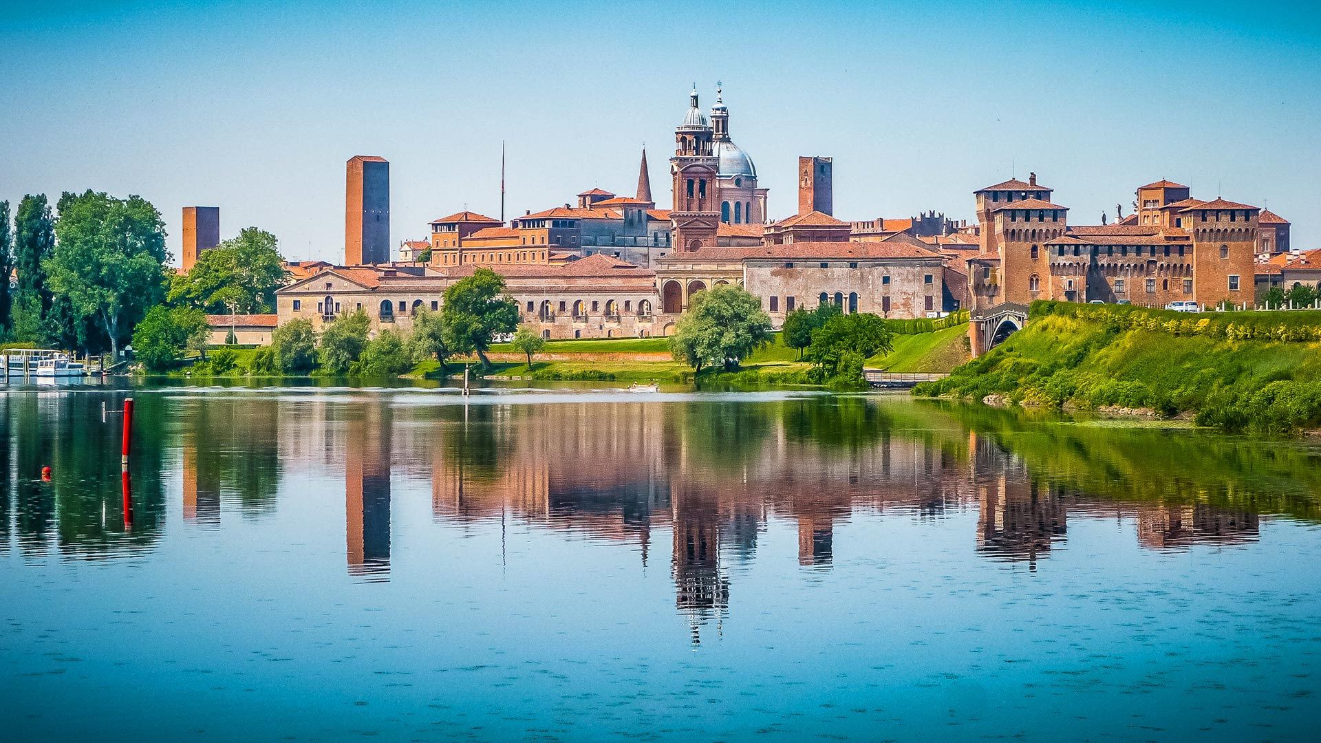visit mantua: the old town, palazzo te and sabbioneta | alitalia