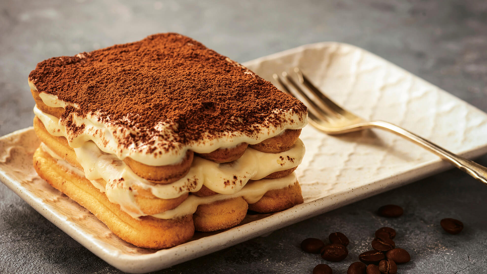 The original tiramisu recipe: classic version | Alitalia Discover Italy